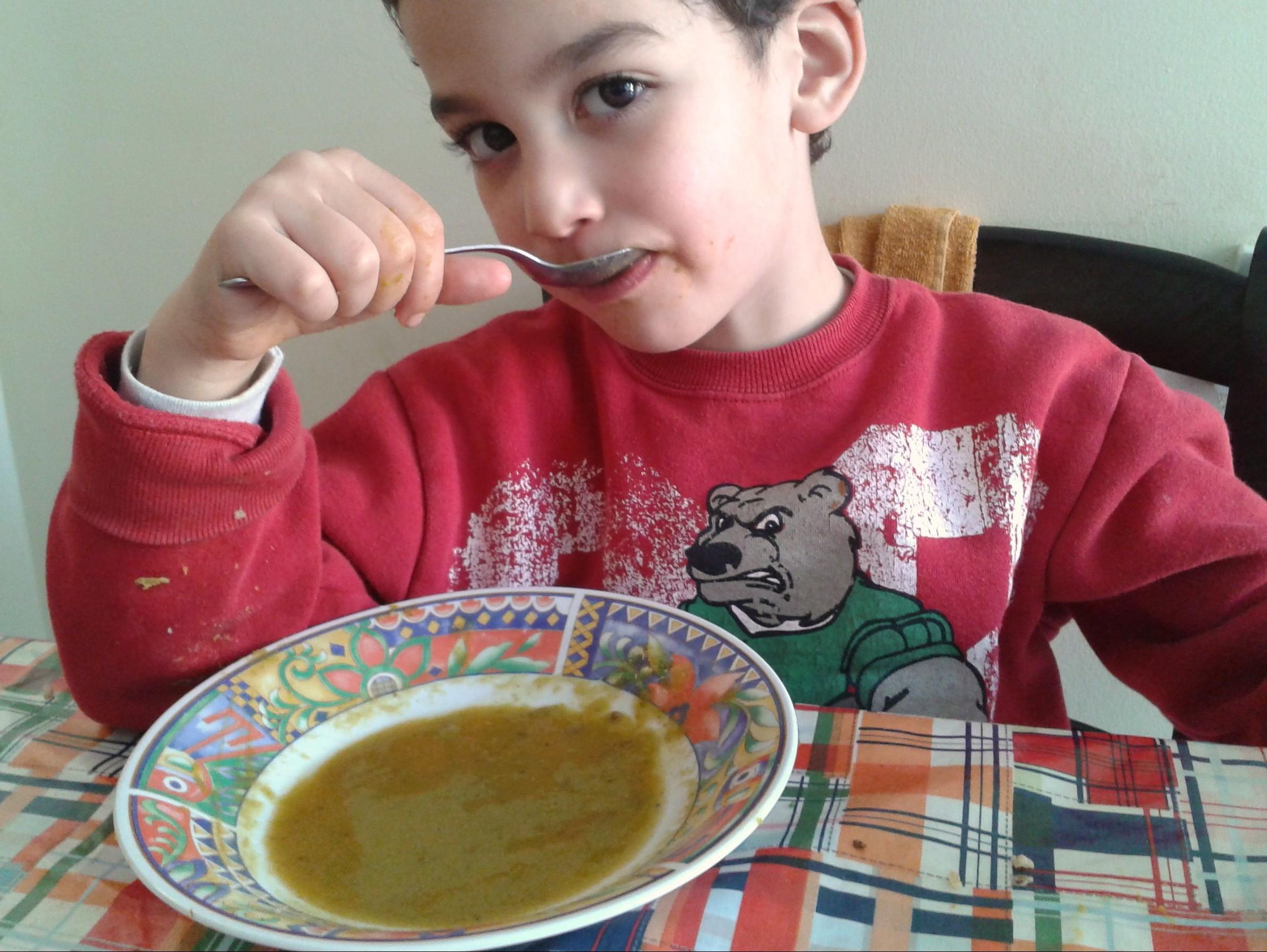 מרק אפונה טעים