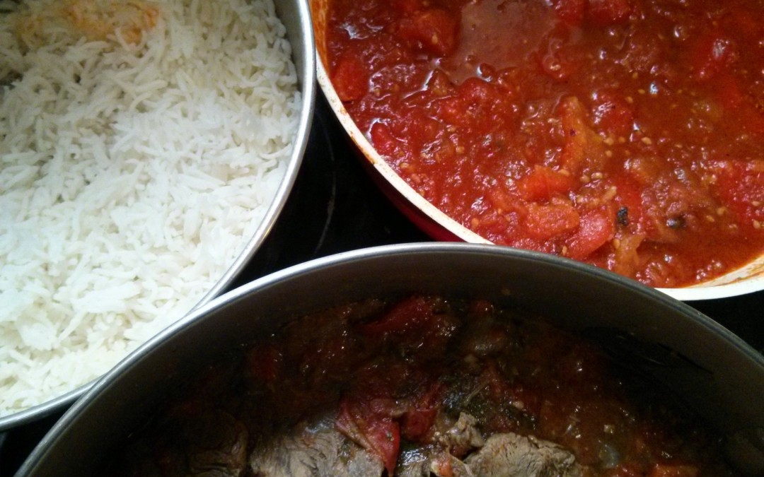 צלי בקר ברוטב עגבניות ופלפלים