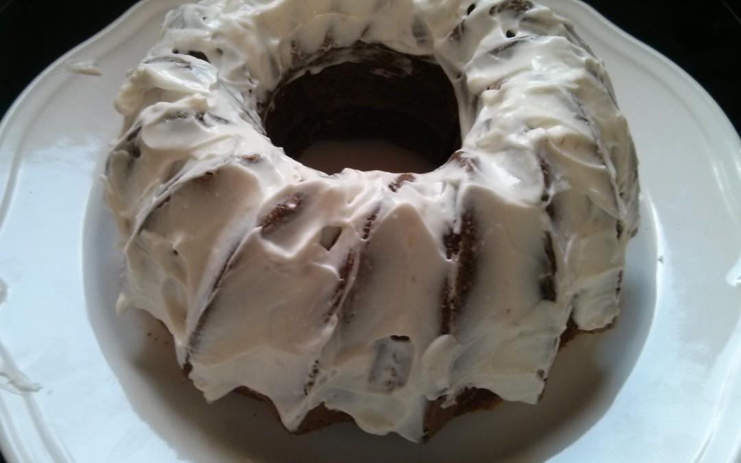 עוגת גזר ותבלינים עם (או בלי) ציפוי קוקוס חגיגי